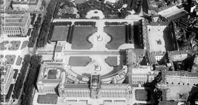 Der Heldenplatz aus der Luft, Wien, um 1930, ÖNB, Bildarchiv und Grafiksammlung